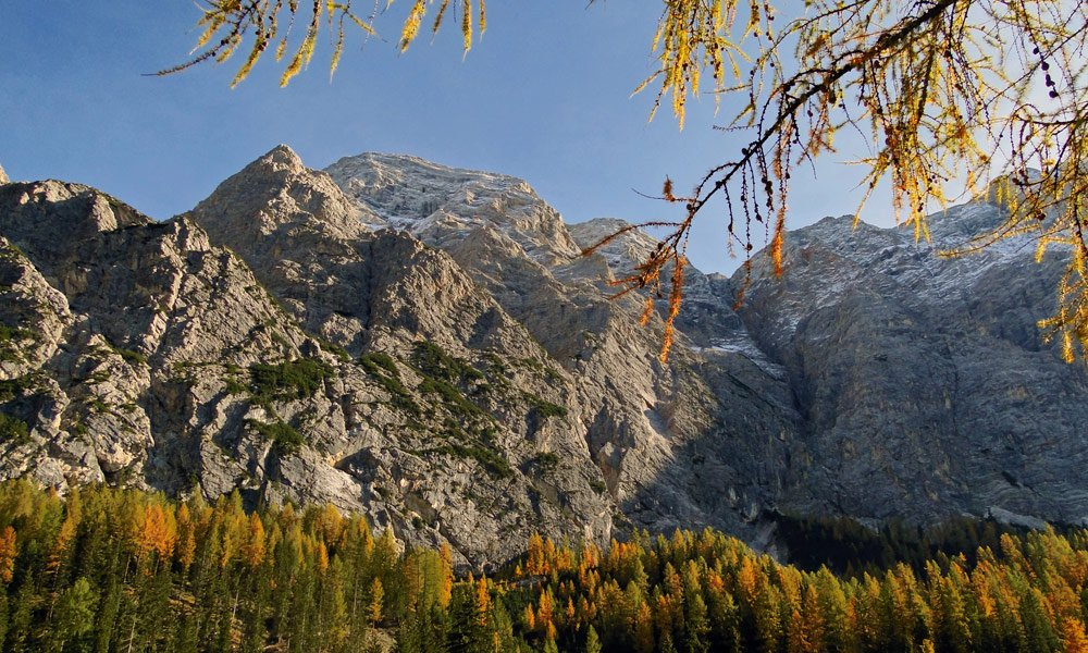 Autumn in the Dolomites - discovering nature